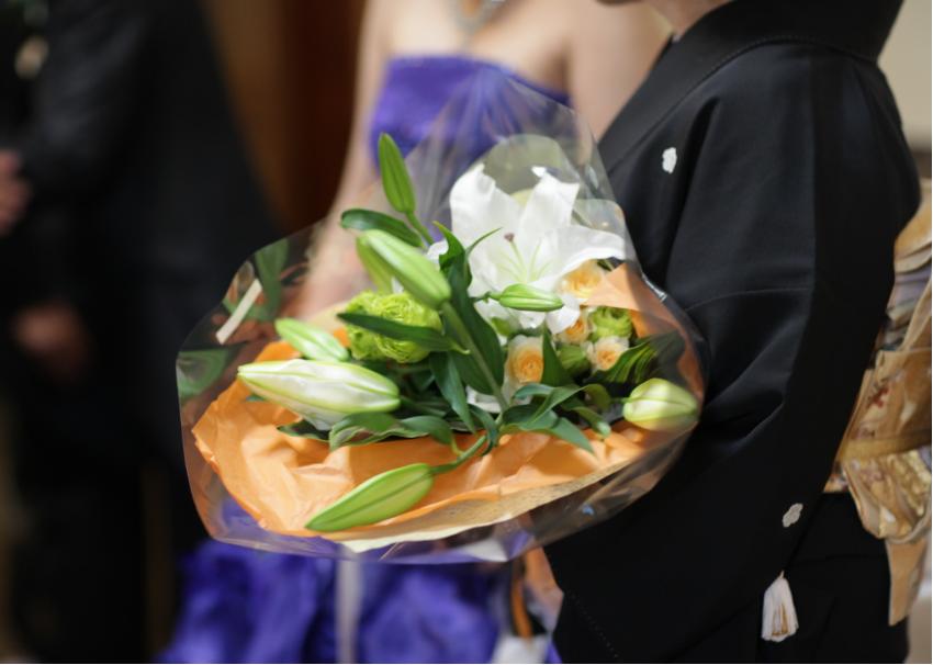 結婚式での両親へのプレゼント-イメージ