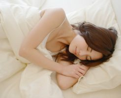良質な睡眠と枕-画像